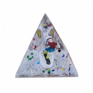 Oily Snow Pyramid Black Boarder