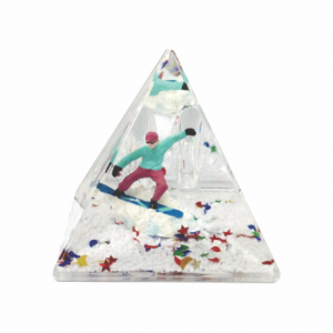 Oily Snow Pyramid Blue Boarder