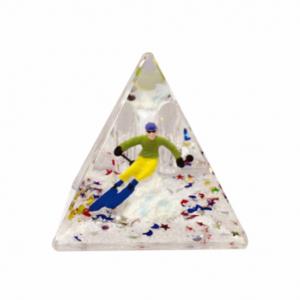 Oily Snow Pyramid Male Skier